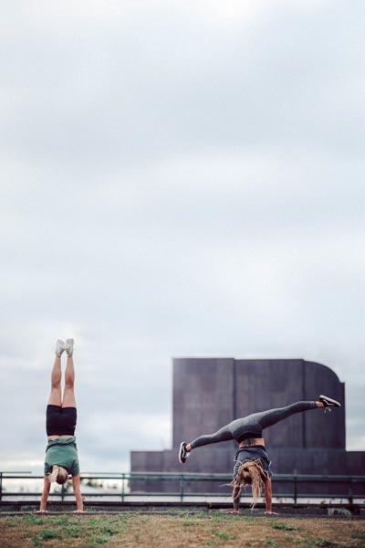 Aikuisten lattia-akrobatia -Sirkus Muudi, Seinäjoki